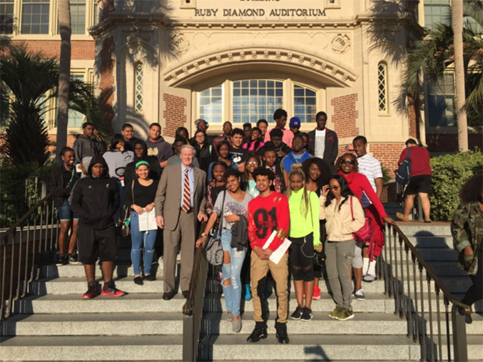 Bayview-Foundation-Dreamers_College-Tour